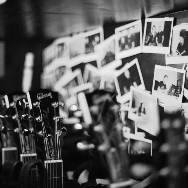 guitar-2000